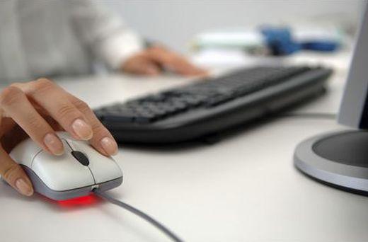 Elektronikus eszközök használata a munkavégzés során