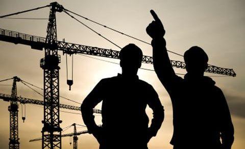 Áprilisban visszaesett az építőipar